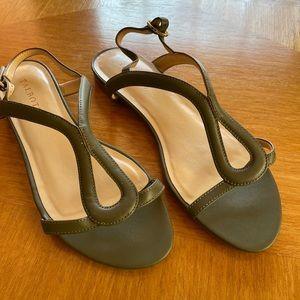 Talbots Bay Leaf Keri Keyhole Sandals NEW